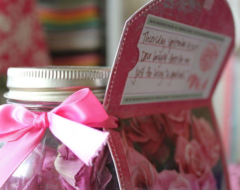 Good wife rose jar 033